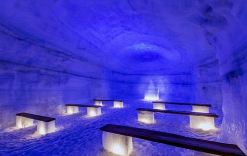 động băng nhân tạo lớn nhất thế giới ở iceland mở cửa