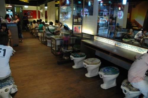 Những nhà hàng được thiết kế với ý tưởng từ nhà vệ sinh