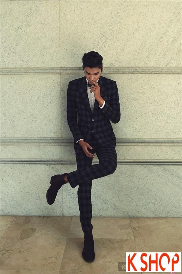 Áo khoác măng tô sọc kẻ caro đẹp cho chàng trai lịch lãm