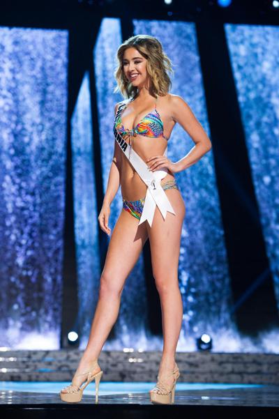 Loạt ảnh nóng bỏng với bikini của thí sinh hoa hậu mỹ 2016
