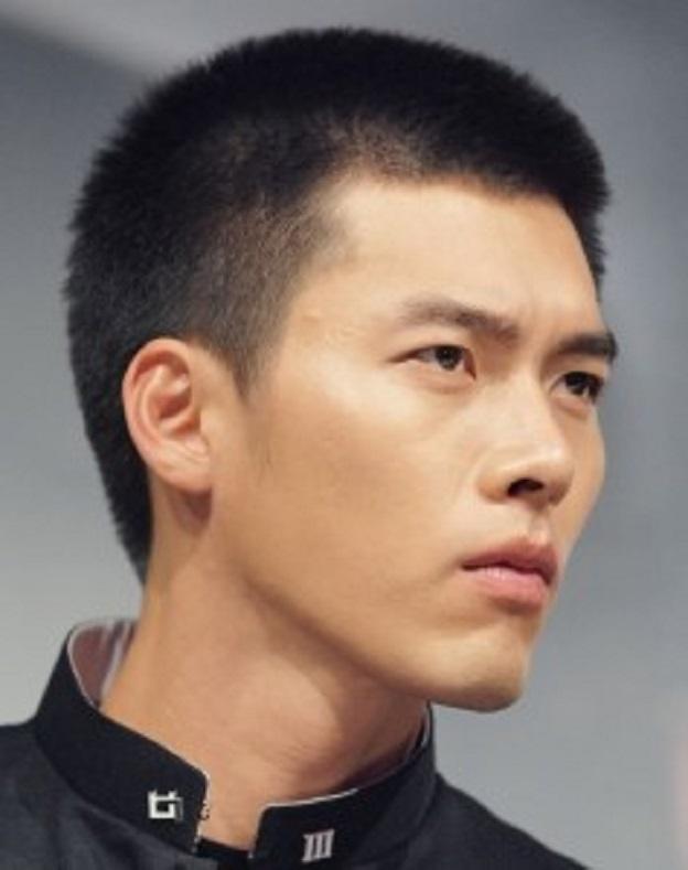 Những mẫu tóc nam cua đầu đinh đẹp