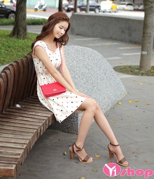 Váy đầm liền chấm bi xòe đẹp điệu đà nhí nhảnh