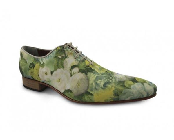 Giày nam họa tiết hoa lá đẹp xu hướng thời trang năm nay
