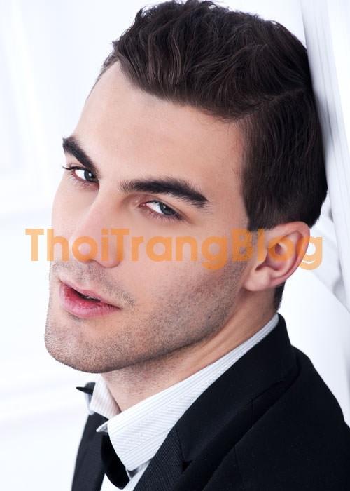 Lịch lãm với những kiểu tóc nam vuốt ngược phù hợp mọi khuôn mặt