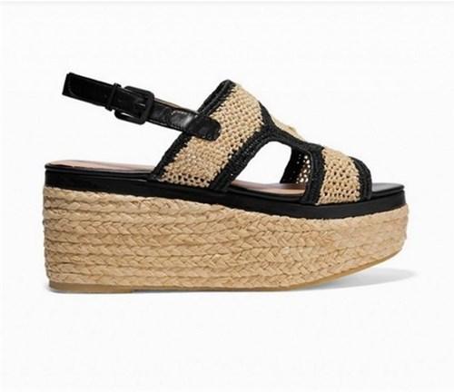 Những kiểu sandal đang được ưa chuộng hiện nay