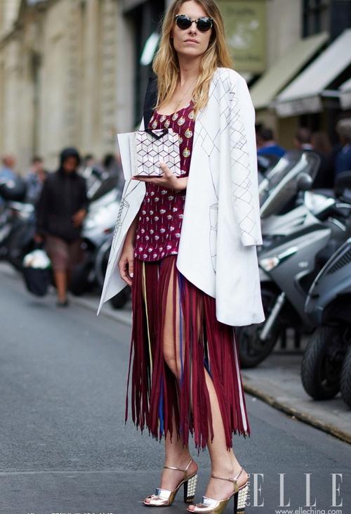 Trở nên quyến rũ khó tả trong bộ váy cực xinh