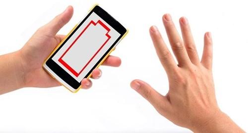 Dấu hiệu cho thấy iphone bạn bị rình trộm