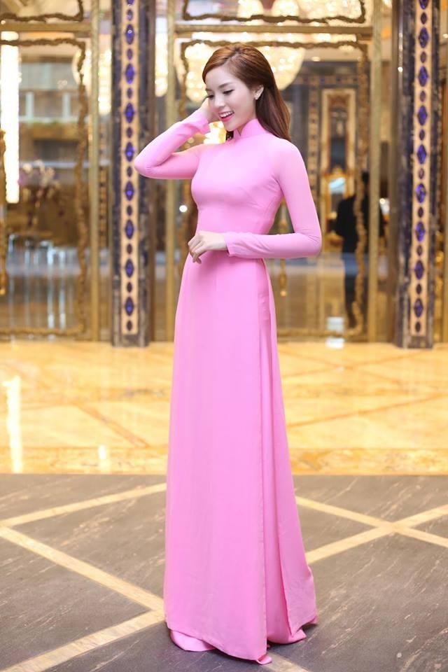Hh kỳ duyên ngày càng được khen nhờ biết mặc đẹp