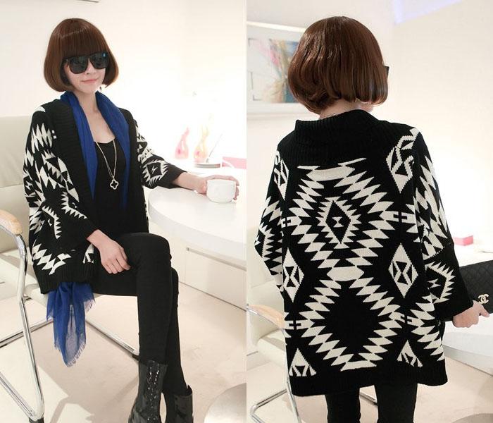 Áo khoác len nữ họa tiết thổ cẩm cho nàng mùa đông nổi bật