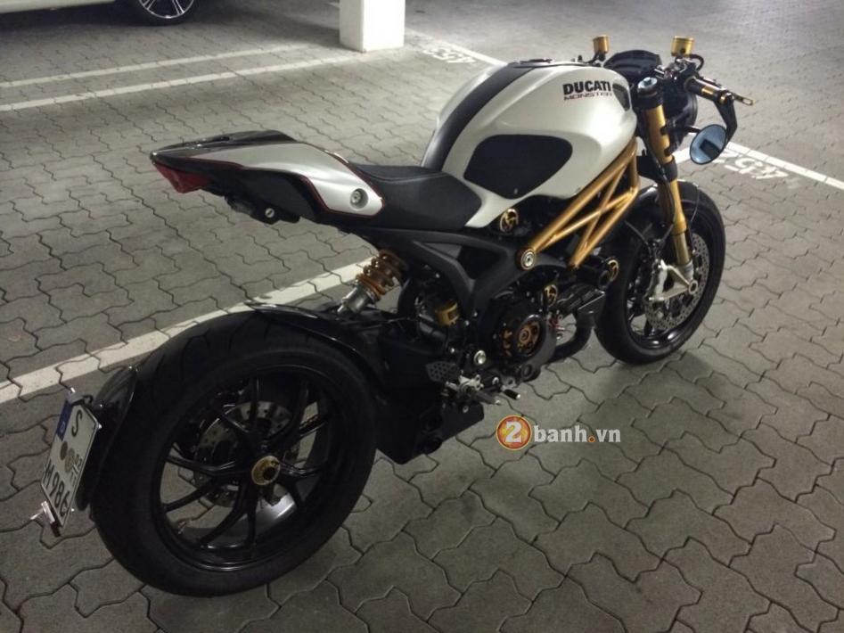 Ducati monster 1100s chất lừ với bản độ cafe racer