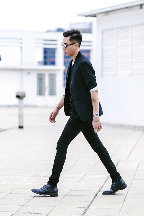 Stylist hoàng ku làm ảo thuật với quần skinny đen
