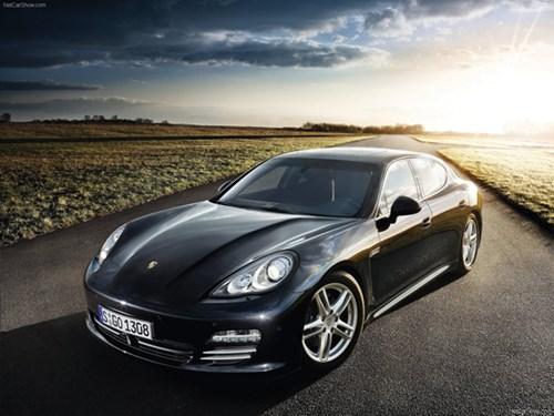 Cùng các mẫu xe sedan thể thao đáng mua trong mùa hè