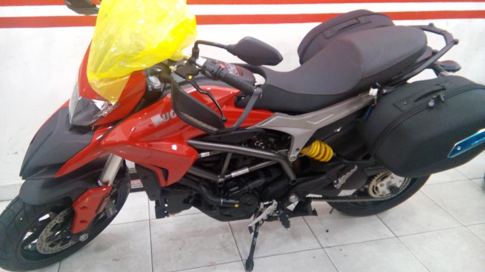 Ducati hyper 939