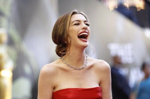 10 mỹ nhân đeo trang sức đắt tiền nhất lên thảm đỏ