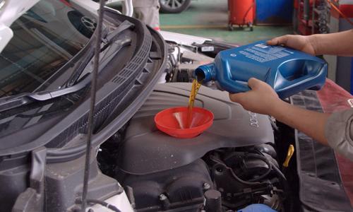 bạn có mắc sai lầm khi thay dầu nhớt ôtô