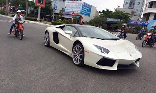 ngắm lamborghini aventador lp700-4 roadster dạo phố đà thành