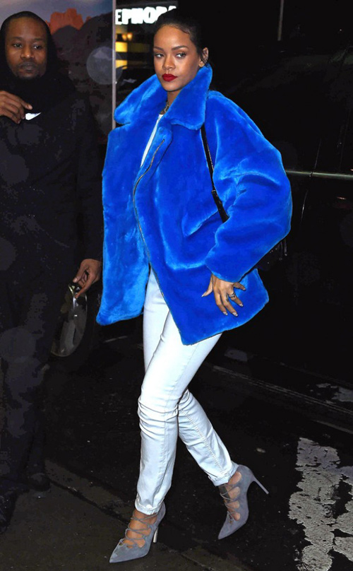 Bst áo khoác không phải ai cũng dám mặc của rihanna
