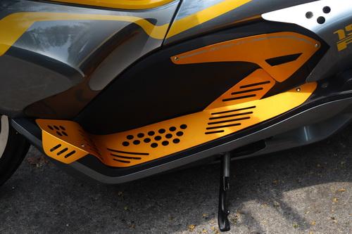 Độ phong cách transformer cho xe honda pcx150