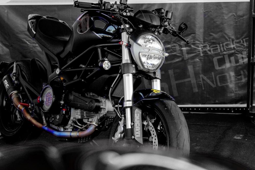 Ducati monster 796 mạnh mẽ tại vmf 2015