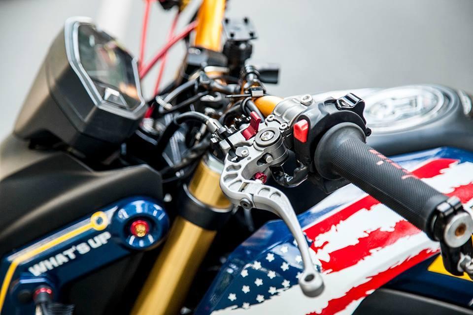 Honda msx độ phong cách captain america với loạt đồ chơi hàng hiệu