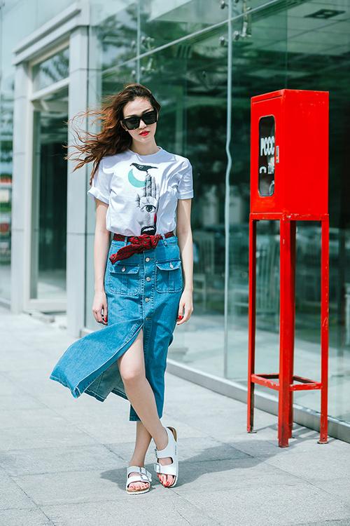 Thích thú với thời trang jeans tươi trẻ của khánh my
