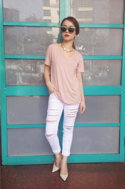 Cùng sao việt ngọt ngào cùng bộ đôi pastel và trắng