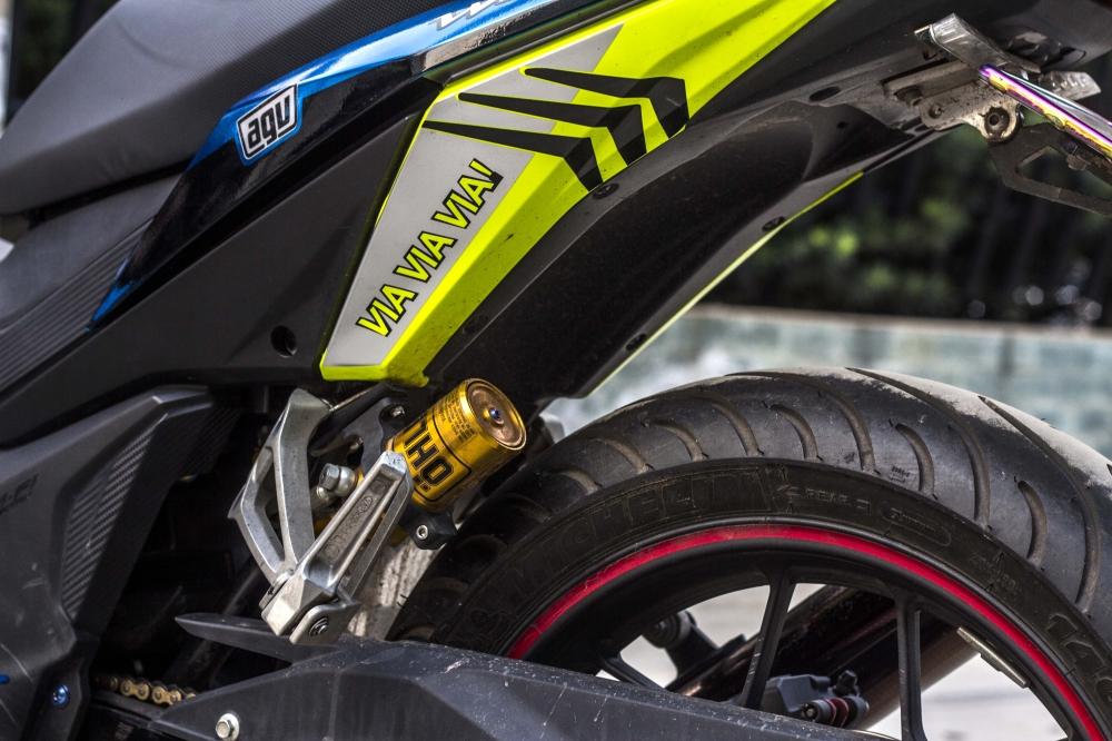 Honda winner lên đồ chơi mạnh tay với phuộc ohlins và tem xe cực chất