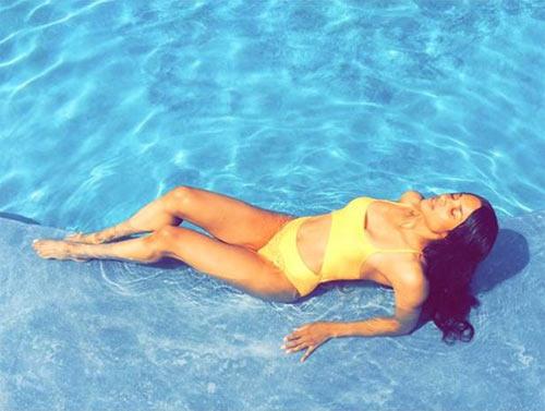 nín thở trước thân hình gợi cảm của 19 mỹ nhân bikini