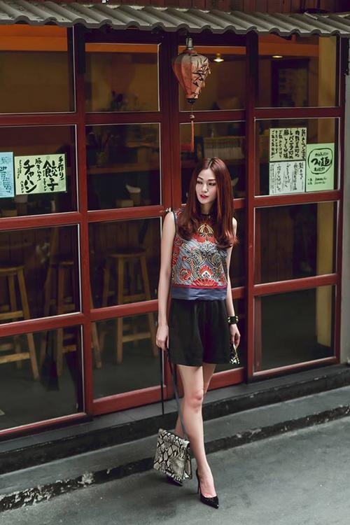 3 người đẹp showbiz nghiện chụp ảnh streetstyle