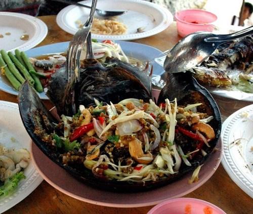 Danh sách 6 món ăn đặc sản lừng danh nơi đất mỏ
