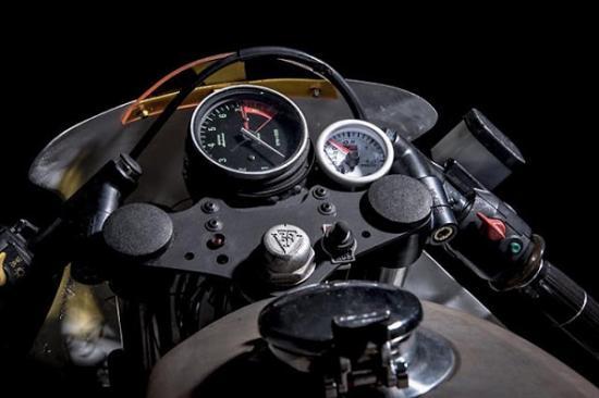 Hình ảnh siêu chất của bmw rt 80 bản cafe racer dành cho cảnh sát