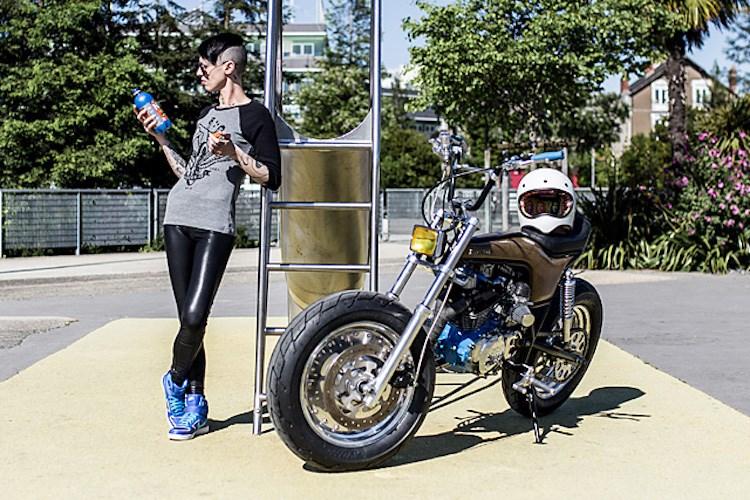 Honda dax 500cc độ siêu độc siêu dị của một nữ biker