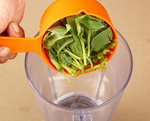 Tự chế sinh tố rau quả để giảm cân nhanh trong ngày hè