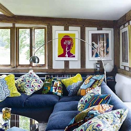 Phòng khách sinh động nhờ sofa màu sắc