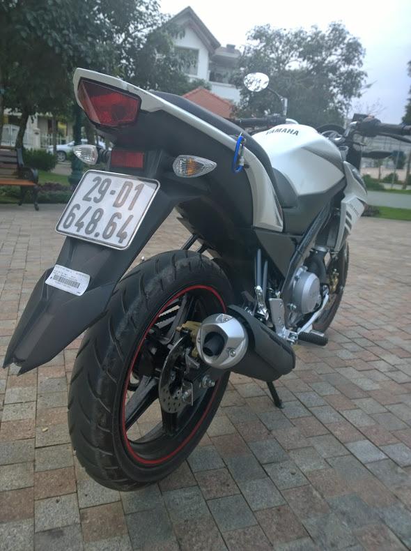 Yamaha fz 150i một tia chớp trên đường phố