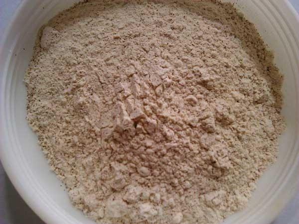 Bí quyết làm bột ngũ cốc giúp các bạn gái nở nang đẹp dáng