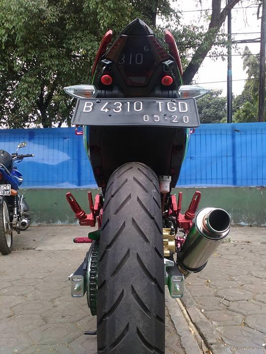 Exciter 150 monster của biker nước bạn đầy cá tính