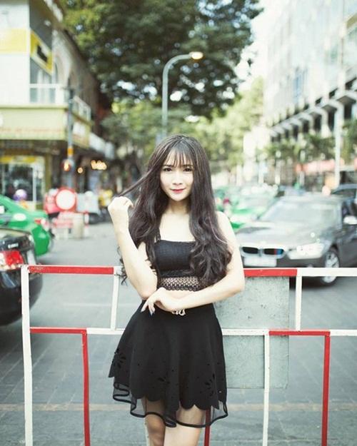 Hot girl chuyển giới 18 tuổi đẹp như hương giang idol