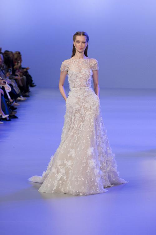 thèm thuồng loạt váy cưới nhẫn cưới trăm tỷ đồng