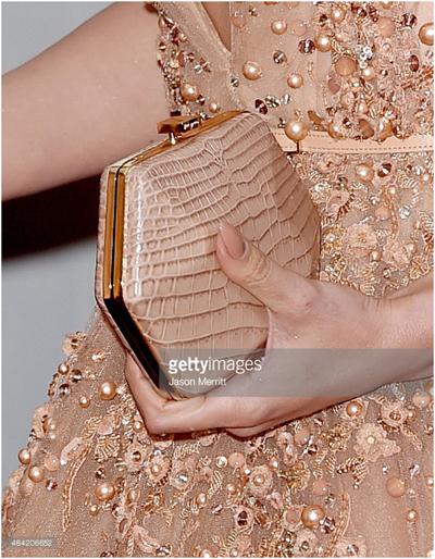 Những mẫu ví cầm tay dạng hộp hấp dẫn phái đẹp