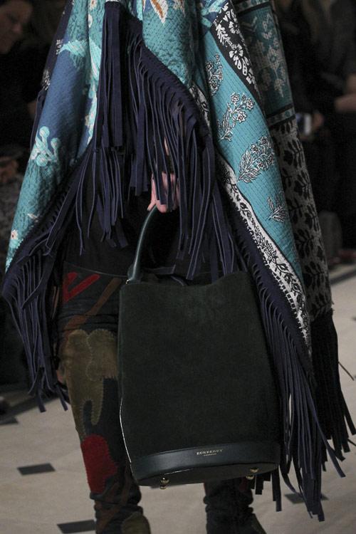 Những nét căng từ tuần lễ thời trang london